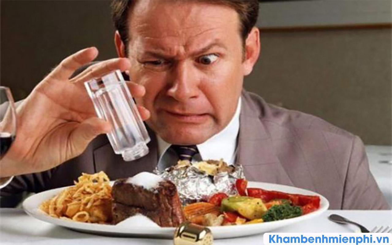 Cao huyết áp do ăn mặn